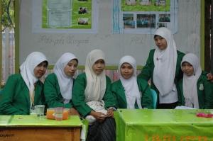 Mahasiswi FKIP Bhs. Indonesia