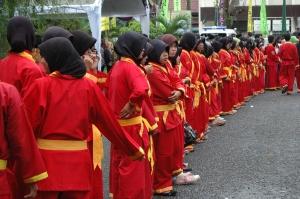 Kelompok Tapak Suci menyambut Kedatangan Bupati OKI, Gubernur Sumsel dan Ketua Umum PP Muhammadiyah